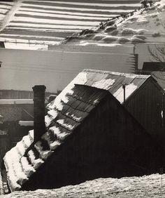Martin Martinček: Strechy VI.:1964 - 1970 Black And White Landscape, Homeland, Landscape Photography, Folk Art, History, Landscapes, Houses, Snow, Author