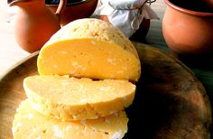 In the north-eastern corner of Hungary, yellow cow's cheese is just as much part of the Easter menu as sweetbread or ham. Ingredients 2 l tablespoons sugar 2 packages vanilla sugar 20 eggs A pack Nintendo 64, Unique Recipes, Ethnic Recipes, Grilled Sausage, Romanian Food, Tasty, Yummy Food, Hungarian Recipes, Sweet Bread