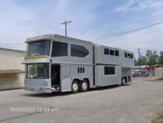 Neoplan Megaliner double decker conversion bus w 6 slides the ULTIMATE RV COACH. Used Buses for Sale at link. School, Passenger, Greyhound and VW, Volkswagen Buses for Sale.  Flower Power.  Bus conversion or converted, buses turned into homes & Campers. #vwbug, #vwcamper, #volkswagen.