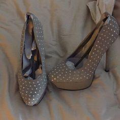 Grey heels Cute grey heels with sequins. Worn once. Size 6.5. Shoes Heels