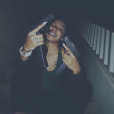 guns for women Boujee Aesthetic, Bad Girl Aesthetic, Thug Girl, Soft Ghetto, Hood Girls, Gangster Girl, Bad And Boujee, Grillz, Stoner Girl