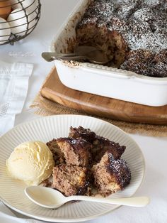 Chocolate Bread Pudding (Pudin de pan con chocolate)