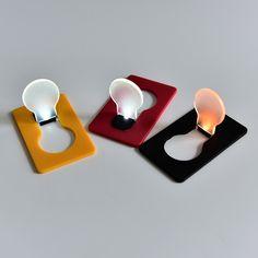 Design Portable LED Card Pocket Light bulb Lamp Wallet Light Put In Purse Wallet Emergency Light Worldwide Novelty Lighting, Light Bulb Lamp, Button Cell, Pocket Light, Emergency Lighting, Small Cards, Purse Wallet, Electronics Gadgets, Led