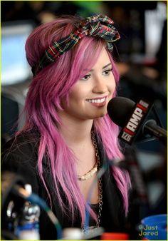 Demi Lovato: Pre-Grammy Interviews with Pink Hair | demi lovato pink interviews grammys 01 - Photo