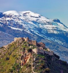 Mystras Castle, Greece | 14 of the Most Amazing Fairy Tales Castles you should See in a Lifetime