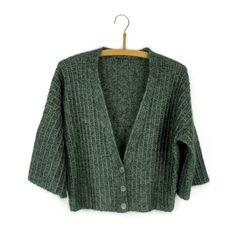 Ravelry: Chilly cardigan pattern by Helga Isager Knit Cardigan Pattern, Sweater Knitting Patterns, Crochet Cardigan, Knitting Designs, Knit Crochet, Knitting Ideas, Crochet Patterns, Mohair Yarn, Angora