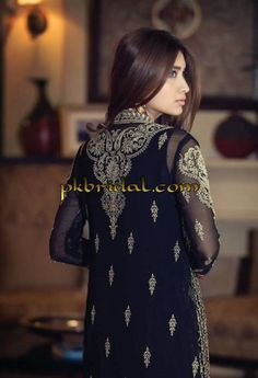 mariab-embroidered-dresses-for-february-2015-1.jpg (600×878)