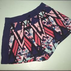 Printed high waisted shorts Flowy shorts in great condition worn maybe once or twice Fire Los Angeles Shorts