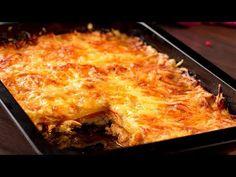 """Cartofi la cuptor """"Regali""""- o combinație ideală ce te va cuceri din prim. Salsa Picante, How To Cook Mushrooms, Sauce Tomate, Le Diner, Mets, Lasagna, Macaroni And Cheese, Stuffed Mushrooms, Food And Drink"""