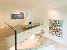 A proximité du Prince d'Orange, magnifique villa de style contemporain signée Marc Corbiau, développant une superficie totale construite de ± 1.038 m² dont ± 845 m² habitables et ± 298 m² de...