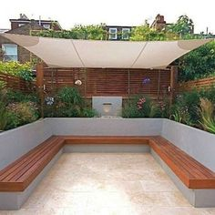 Garden seating - 40 Generous DIY Outdoor Bench Design Ideas for Backyard & Frontyard Backyard Garden Design, Balcony Garden, Patio Design, Garden Sail, Garden Leave, Pergola Patio, Backyard Patio, Backyard Landscaping, Landscaping Ideas