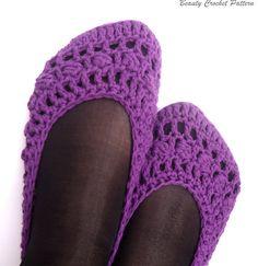 Crochet Pattern Women's Purple Shoes by BeautyCrochetPattern, $5.00