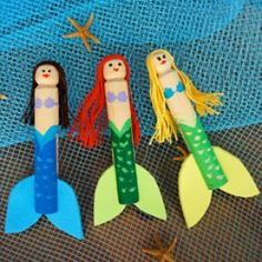 Ariel Clothespin Dolls--Little Mermaid Clothespin Dolls By Miranda Becker Wooden clothespins are painted to look like Ariel and her mermaid friends. Give each mermaid a craft foam fin and lovely locks using embroidery floss! Kids Crafts, Doll Crafts, Summer Crafts, Crafts To Do, Arts And Crafts, Family Crafts, Little Mermaid Parties, The Little Mermaid, Mermaid Crafts