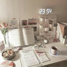 korean desk study stationery aesthetic seoul beige coffee cream milk tea ideas wooden light soft minimalistic 문방구 아파트 공부방 책상 アパート 勉強部屋 スタディデスク aesthetic home interior apartment japanese kawaii g e o r g i a n a : f u t u r e h o m e Study Room Decor, Cute Room Decor, Bedroom Decor, Study Rooms, Dorm Desk Decor, Simple Room Decoration, Bedroom Ideas, Uni Room, Dorm Room