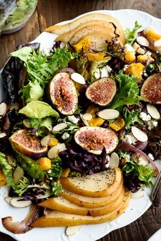 Pear Salad with Figs and Caramelized Onions Pear Salad with Figs and Caramelized Onions Fig Recipes, Salad Recipes, Pear Recipes Vegan, Pancake Recipes, Waffle Recipes, Burger Recipes, Smoothie Recipes, Healthy Salads, Healthy Eating