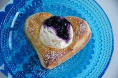 Terhin keittiössä - ruokablogi  Rahka-sydänpullat
