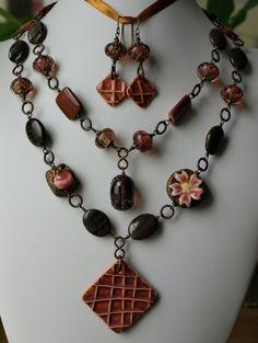 gbkoru: necklace and earrings