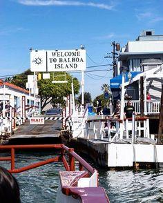 Newport Beach pertinho de Los Angeles é ótima para fazer um passeio mais tranquilo a beira do mar. Quer mais dicas de Los Angeles passa lá no blog! #malasepanelas #losangeles #newportbeach #theoc #oc #california #visitcalifornia #visiteosUSA #blogdeviagem #ferias #instatravel #travelgram #pequenosporai
