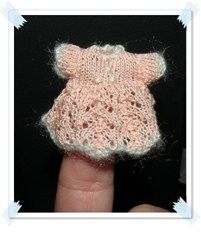 how to: crocheted dress - wonderful knitted and crochet mini doll clothes - in Spanish!