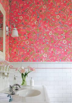 Guadeloupe #wallpaper in #pink from the Jubilee collection. #Thibaut