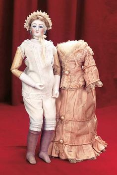 Theriault's  rarest doll Auctions | ... Theriault's Antique Doll Auctions - rare bisque portrait face and rare