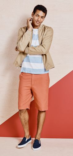 For the guy in your life who lives for the beach, here's a look that keeps the salt-and-sea-vibes office-appropriate. Pair a plain cotton tee with a sturdy, khaki-colored bomber jacket for balance. This one is made from 100% cotton and has a mesh body lining for breathability and comfort on muggy nights. When fall rolls in, the jacket is a good-looking layer over long sleeves and turtlenecks.