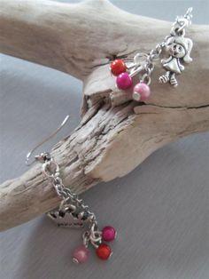 Boucles d'oreilles °princesse° argentées princesse couronne perles : Boucles d'oreille par les3filles