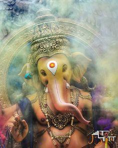 No photo description available. Lord Ganesha Paintings, Ganesha Art, Krishna Art, Ganesh Chaturthi Decoration, Ganesh Chaturthi Images, Shri Ganesh Images, Ganesha Pictures, Ganesh Lord, Sri Ganesh