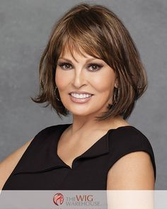 A sleek bob cut with bangs, the Classic Cut wig by Raquel Welch lives up to its name with a style and shape that is timeless in silhouette and in quality. Falling just about the shoulders, the smooth