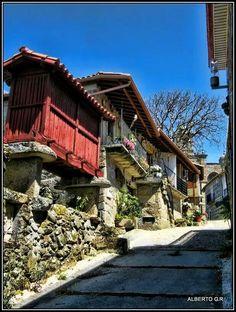 Santa Mariña de Augas Santas, muy cerca de Allariz (Ourense)