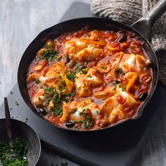 Med-style fish stew - We've used hake, but you could use any meaty fish or even squid rings. Shellfish Recipes, Seafood Recipes, Cooking Recipes, Healthy Recipes, Easy Recipes, Fish Dishes, Seafood Dishes, Baked Hake Recipes, Easy Fish Cakes
