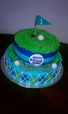 Hole in 1!  Golf themed first birthday cake.