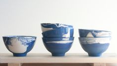 Marble blue-Hand made ceramic bowl in blue and white von ONEandMANY