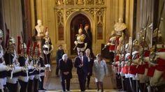 La democracia mexicana ''no ha estado exenta de dificultades'', admitió el presidente Enrique Peña Nieto en el Parlamento inglés. No se refirió de manera directa a los hechos de Iguala, con su consecuencia de muerte y la desaparición de 43 estudiantes, aunque apuntó: ''En el pasado reciente vivimos momentos de dolor por hechos de […]