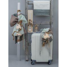 """Βαπτιστικό σετ """"Vespa-Μηχανές"""" πλήρες-οικονομικό με βαλίτσα για εύκολες μετακινήσεις, λαμπάδα, λαδόπανα, λαδοσέτ (μπουκαλάκι-σαπουνάκι) και κεράκια, Σετ βάπτισης βέσπα-vespa-μηχανάκια ολοκληρωμένο-τιμές-προσφορά, Βάπτιση θέμα Vespa, Θεματική βάπ Vespa, Ladder Decor, Home Decor, Wasp, Hornet, Decoration Home, Room Decor, Vespas, Home Interior Design"""