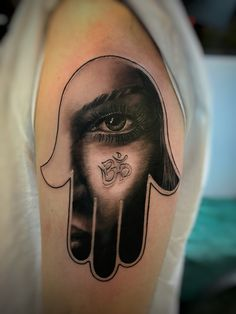 Hand of hamsa, hand of Fatima tattoo
