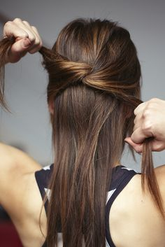 3 easy, beautiful knotted hairstyles that you can do at home