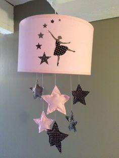 ABAT JOUR ORIGINAL LAMPE ENFANT DANSEUSE ETOILES : Décoration pour enfants par plume-de-fee