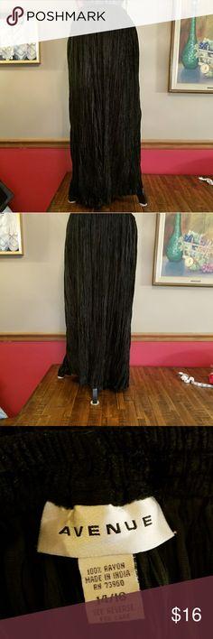 A beautiful black velveten skirt by Avenue Black Velveten skirt size 14/16 Avenue Skirts Maxi