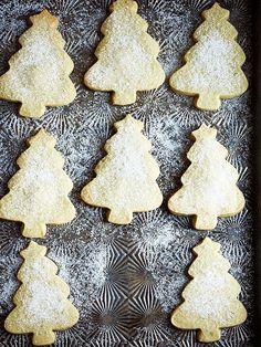 Matcha Shortbread Cookies http://greatideas.people.com/2014/11/01/matcha-shortbread-cookie-recipe/