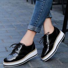 huge selection of d86e1 48c05 Black Platform Oxford Lace Up Shoes