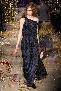 Vivienne Westwood Fall 2015 Ready-to-Wear Fashion Show