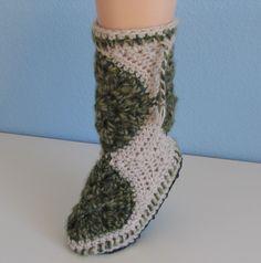 Wind Rose Fiber Studio: Mini Muk Luks ~ Crochet-Along ~ Part I