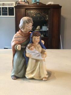 Goebel  Weihnacht  Christmas Figurine # 44 014 16 Mary Joseph Jesus Christmas Figurines, Baby Jesus, Selling On Ebay, Nativity, Joseph, Garden Sculpture, Disney Characters, Fictional Characters, Mary