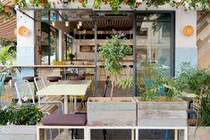 Una cafetería de playa para el centro de Tel Aviv