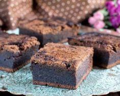Brownies sans matières grasses aux petits-beurre : http://www.fourchette-et-bikini.fr/recettes/recettes-minceur/brownies-sans-matieres-grasses-aux-petits-beurre.html
