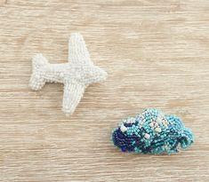 Відчути силу власної свободи. Між хмар на висоті #plane #airplane #accessories #brooch #handmade #літак✈ #брошь #брошьсамалетик ✈️