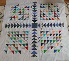 memory quilts from clothes Shirt Quilt, Quilt Top, Paper Grocery Bags, Twin Quilt Size, Scrap Quilt Patterns, Cute Quilts, School Colors, Quilting Designs, Quilt Blocks