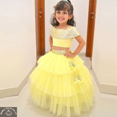 Tutus are an ideal outfit choice to adorn your little girls.in and shop Tutus by Tutu and various others premium brands at amazing prices. Kids Party Wear Dresses, Kids Dress Wear, Baby Girl Party Dresses, Dresses Kids Girl, Designer Dresses For Kids, Dress Party, Kids Party Wear Frocks, Girls Party Wear, Girl Outfits