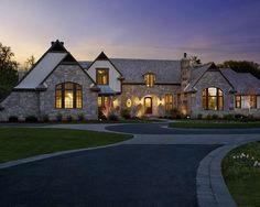 Traditional Exterior Driveway Design, Pictures, Remodel, Decor and Ideas - page 141